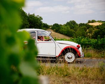 vacances en Citroën 2cv Gaillac Albi
